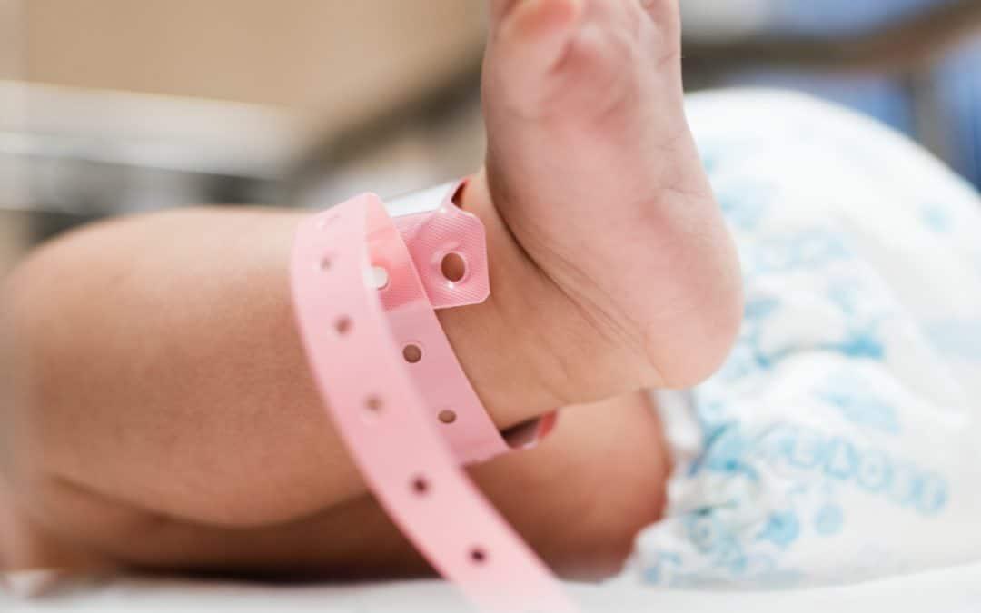Enfant né sous X : les détectives privés sollicités